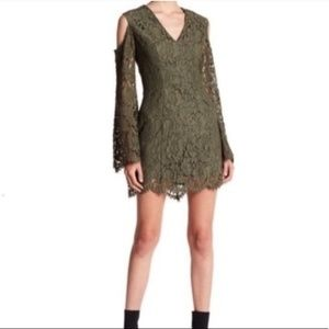 NWT Keepsake lace cold shoulder bell sleeve dress